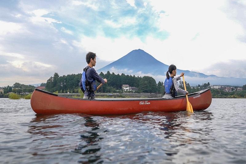 【アクティビティ体験】モーニングカヌー体験プラン 翌朝8時スタート